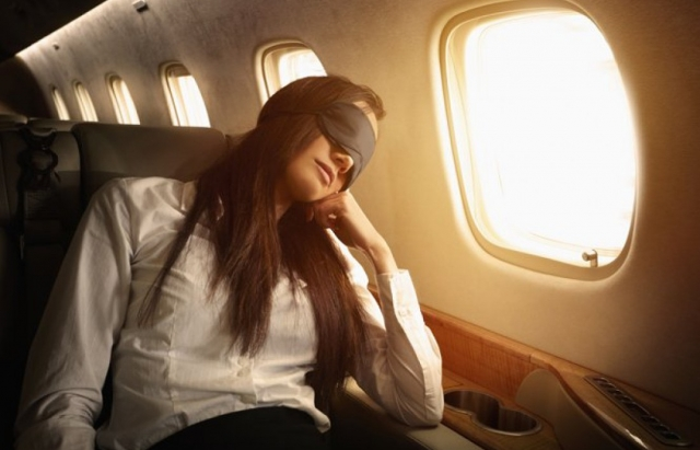 10 Little-Known Tricks for Perfect Sleep on a Flight